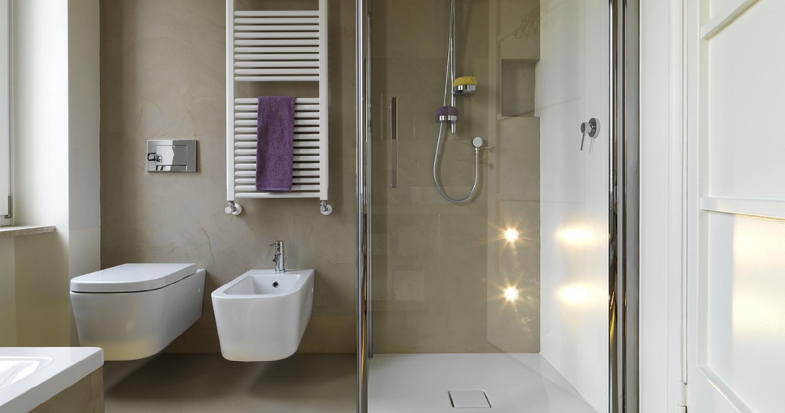 Resina per pareti bagno cucina e doccia - Resina in bagno ...