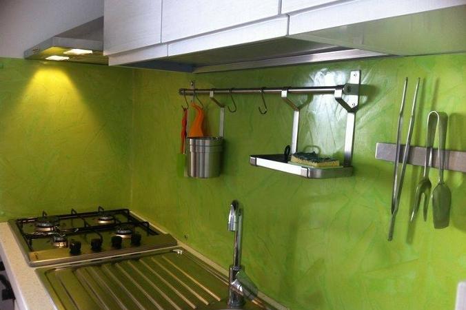 Resina Per Piastrelle Cucina.Schienale Cucina Moderno